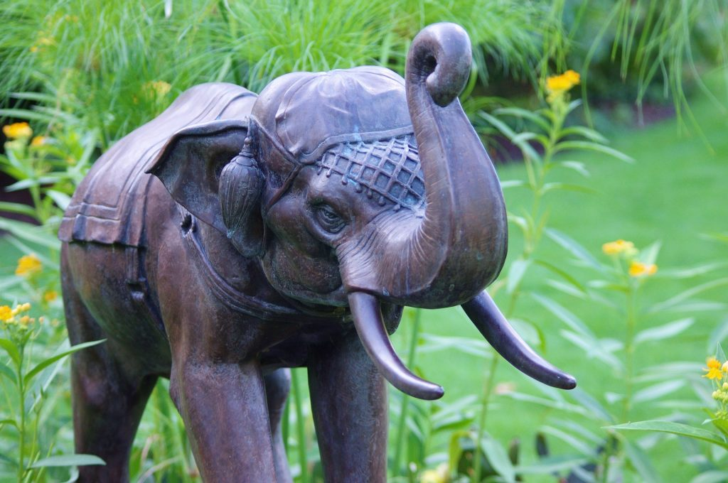 statue elephant garden